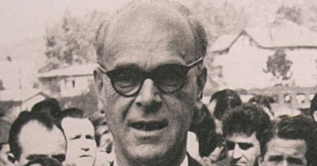 Na fotografiji je prikazan književnik: Meša Selimović