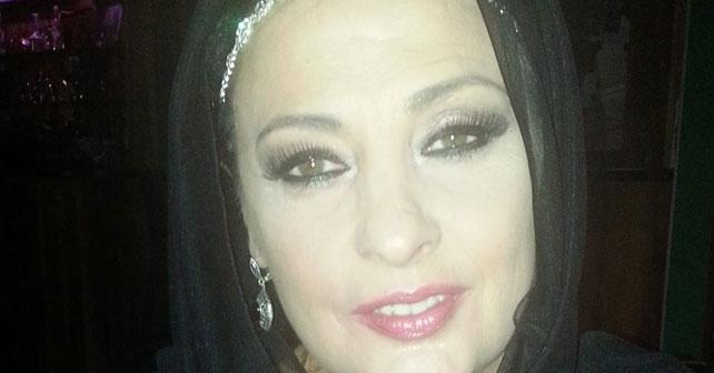 Na fotografiji je prikazan pevačica: Amela Zuković