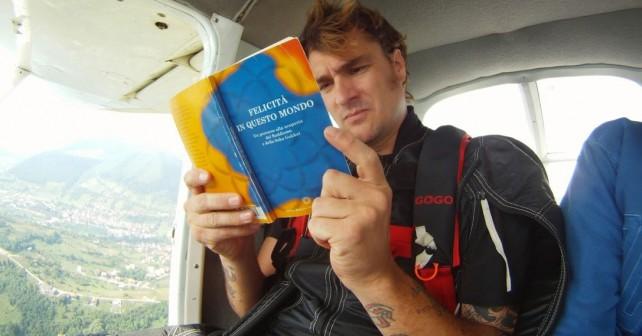 Na fotografiji je prikazan glumac, base jump, scuba diving: Goran Todić