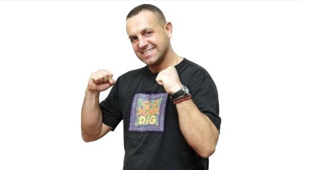Na fotografiji je prikazan pevač, muzičar: Ivan Gavrilović