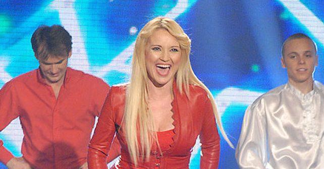 Na fotografiji je prikazan pevačica: Maja Nikolić