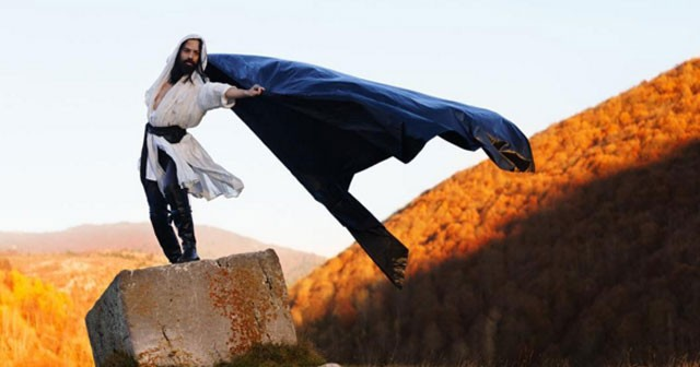 Na fotografiji je prikazan muzičar, pevač: Božo Vrećo