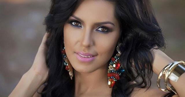 Na fotografiji je prikazan pevačica: Tanja Savić