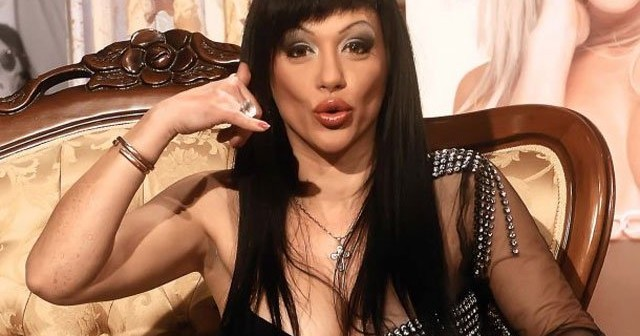 Na fotografiji je prikazan pevačica, glumica: Vesna Vukelić Vendi