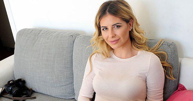 Na fotografiji je prikazan modni bloger: Zorannah (Zorana Jovanović)
