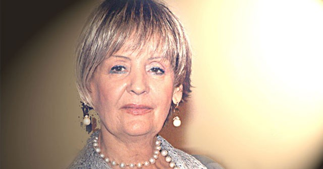 Na fotografiji je prikazan pevačica: Lepa Lukić (Lepava Mušović)