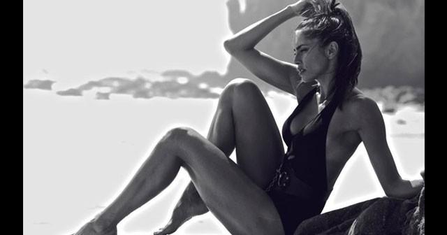 Na fotografiji je prikazan model, manekenka, glumica: Amra Silajdžić