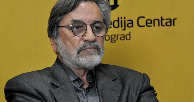 Na fotografiji je prikazan glumac: Dragan Nikolić