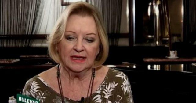 Na fotografiji je prikazan pevačica: Gabi Novak
