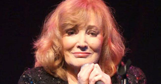Na fotografiji je prikazan pevačica: Tereza Kesovija