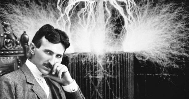 Na fotografiji je prikazan naučnik: Nikola Tesla