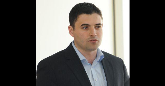 Na fotografiji je prikazan političar: Davor Bernardić