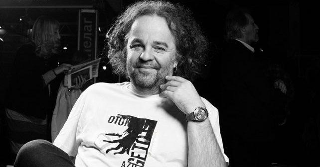 Na fotografiji je prikazan književnik, novinar: Miljenko Jergović