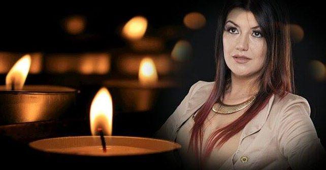 Na fotografiji je prikazan pevačica: Jelena Jeca Krsmanović