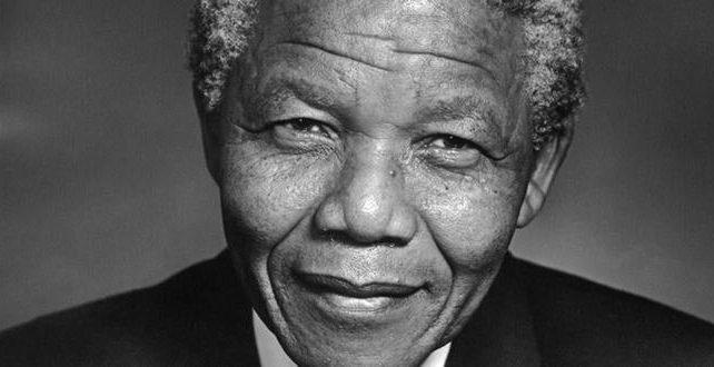 Na fotografiji je prikazan borac za ljudska prava, političar, predsednik: Nelson Mandela
