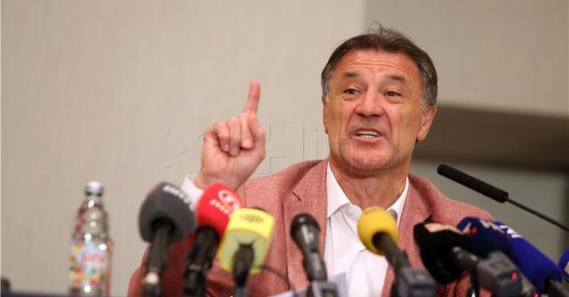 Na fotografiji je prikazan fudbalski menadžer, preduzetnik: Zdravko Mamić