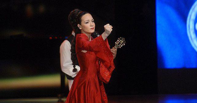 Na fotografiji je prikazan pevačica: Jelena Tomašević Bosiljčić