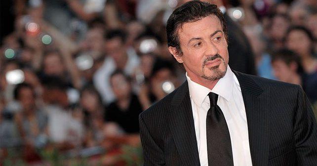 Na fotografiji je prikazan glumac, režiser, producent: Silvester Stalone (Sylvester Stallone)