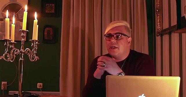 Na fotografiji je prikazan pevač, voditelj: Bojan Jovanovski