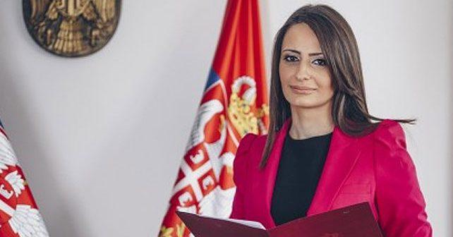 Na fotografiji je prikazan pravnik, ministar: Nela Kuburović