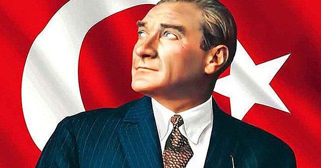 Na fotografiji je prikazan političar, vojskovođa, državnik: Mustafa Kemal Ataturk