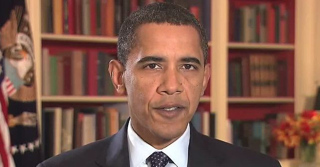 Na fotografiji je prikazan političar, pravnik, bivši predsednik sad: Barak Obama (Barack Hussein Obama)