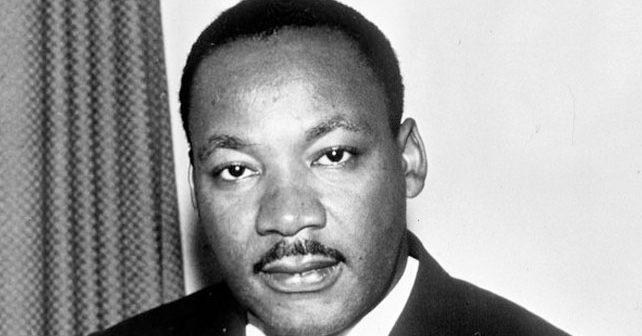 Na fotografiji je prikazan sveštenik, borac za ljudska prava: Martin Luter King (Martin Luther King Jr.)