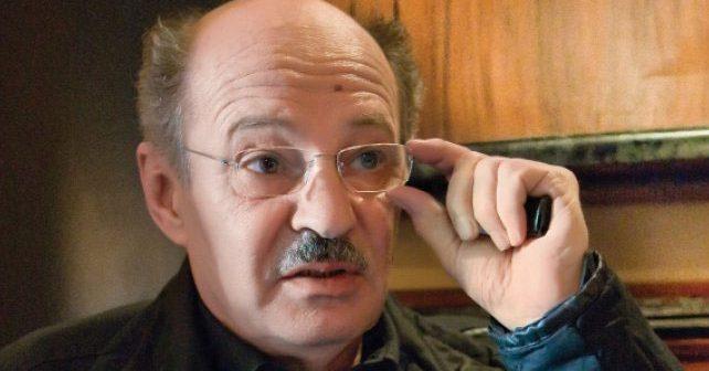 Na fotografiji je prikazan glumac, režiser: Mustafa Nadarević