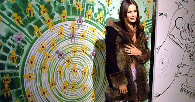 Na fotografiji je prikazan voditeljka, manekenka: Nina Morić