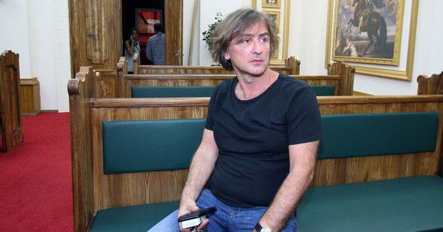 Na fotografiji je prikazan muzičar, preduzetnik, medijski mogul: Željko Mitrović