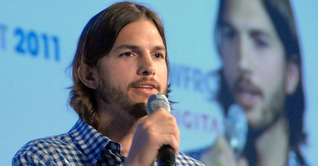 Na fotografiji je prikazan glumac, producent: Ešton Kučer (Ashton Kutcher)