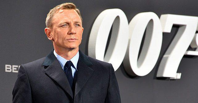 Na fotografiji je prikazan glumac, producent: Danijel Krejg (Daniel Craig)