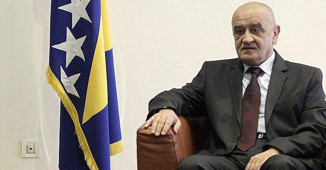 Na fotografiji je prikazan političar, ministar finansija: Vjekoslav Bevanda
