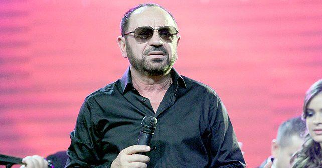 Na fotografiji je prikazan pevač: Mile Kitić