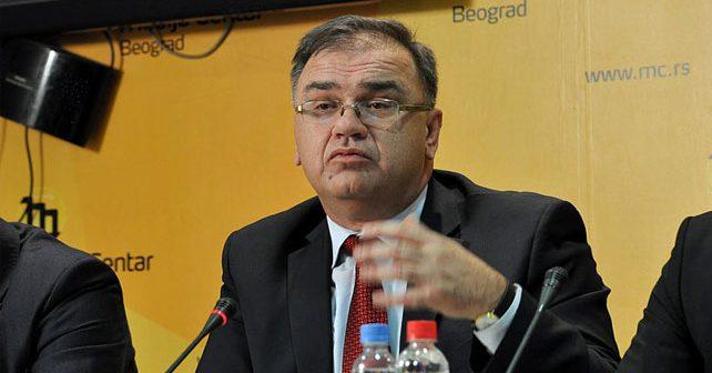 Na fotografiji je prikazan političar, doktor ekonomskih nauka: Mladen Ivanić