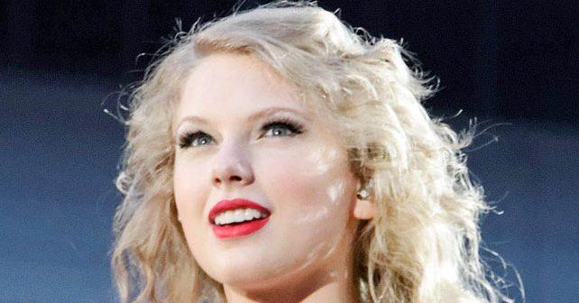 Na fotografiji je prikazan pevačica: Tejlor Svift (Taylor Swift)