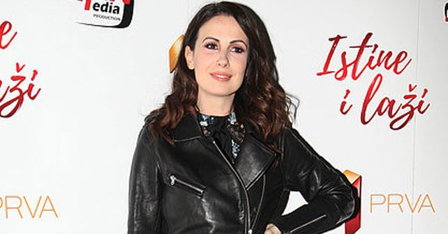 Na fotografiji je prikazan glumica: Borka Tomović