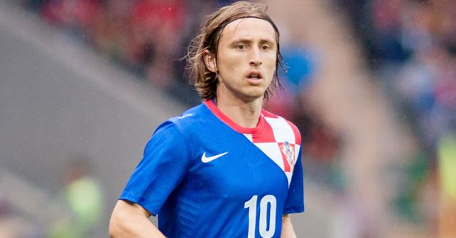 Na fotografiji je prikazan fudbaler: Luka Modrić