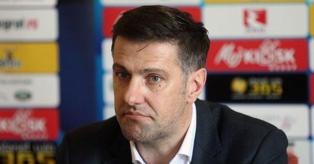 Na fotografiji je prikazan fudbalski trener, fudbaler, preduzetnik: Mladen Krstajić