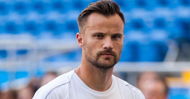 Na fotografiji je prikazan fudbaler: Haris Seferović