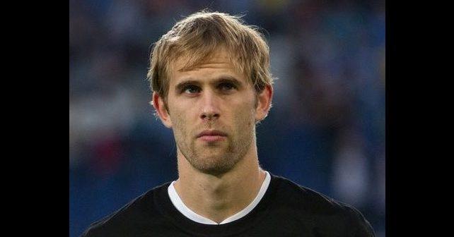 Na fotografiji je prikazan fudbaler: Ivan Strinić