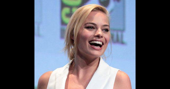 Na fotografiji je prikazan glumica: Margo Robi (Margot Robbie)