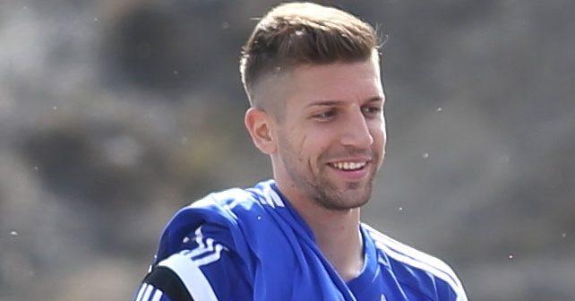 Na fotografiji je prikazan fudbaler: Matija Nastasić
