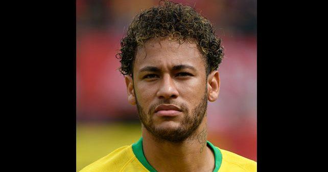 Na fotografiji je prikazan fudbaler: Nejmar (Neymar)