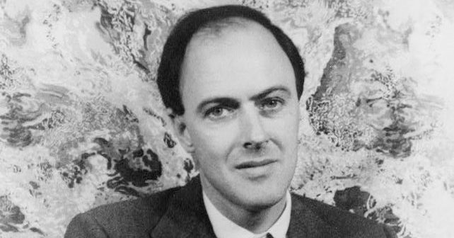 Na fotografiji je prikazan književnik, pilot: Roald Dal