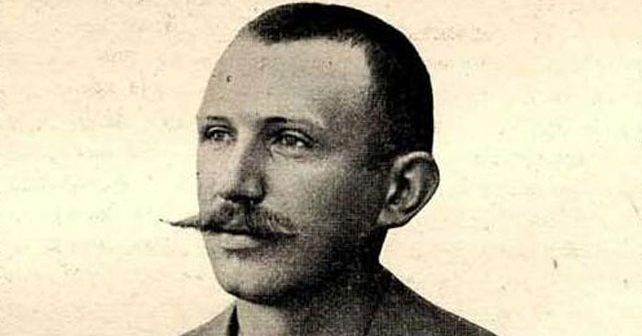 Na fotografiji je prikazan književnik: Svetozar Ćorović