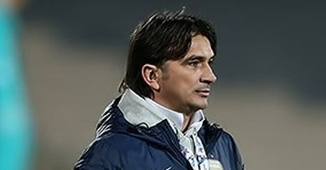 Na fotografiji je prikazan fudbalski trener: Zlatko Dalić