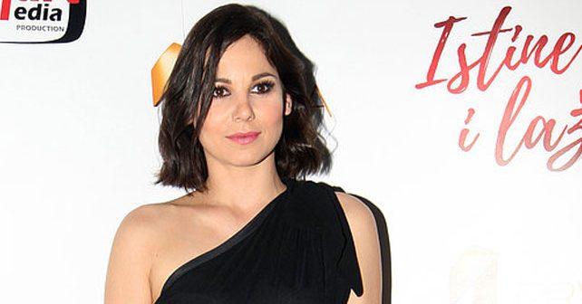 Na fotografiji je prikazan glumica: Jana Ilić