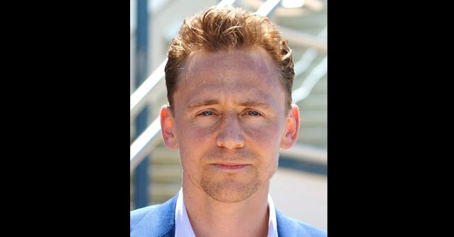 Na fotografiji je prikazan glumac: Tom Hidlston (Tom Hiddleston)