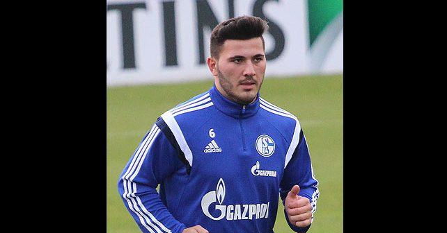 Na fotografiji je prikazan fudbaler: Sead Kolašinac